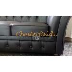 Windchester Schwarz 2-Sitzer Chesterfield Sofa